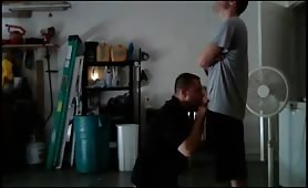 Sucking the str8 electrician's big cock