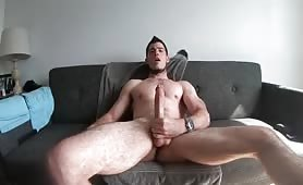 Hot muscled sexy str8 twink wanking his huge tasty cock