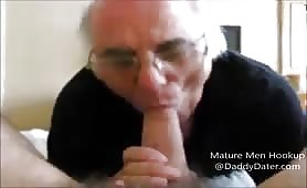 Old man sucking on a nice big str8 cock