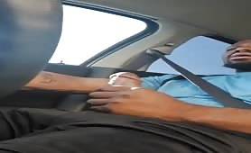 Afternoon drive gets horny and cums