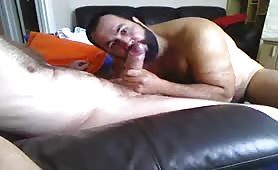 Big bear struggle to swallow a huge straight cock guy