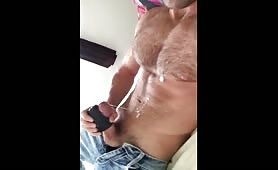 Straight hairy dude cums a lot